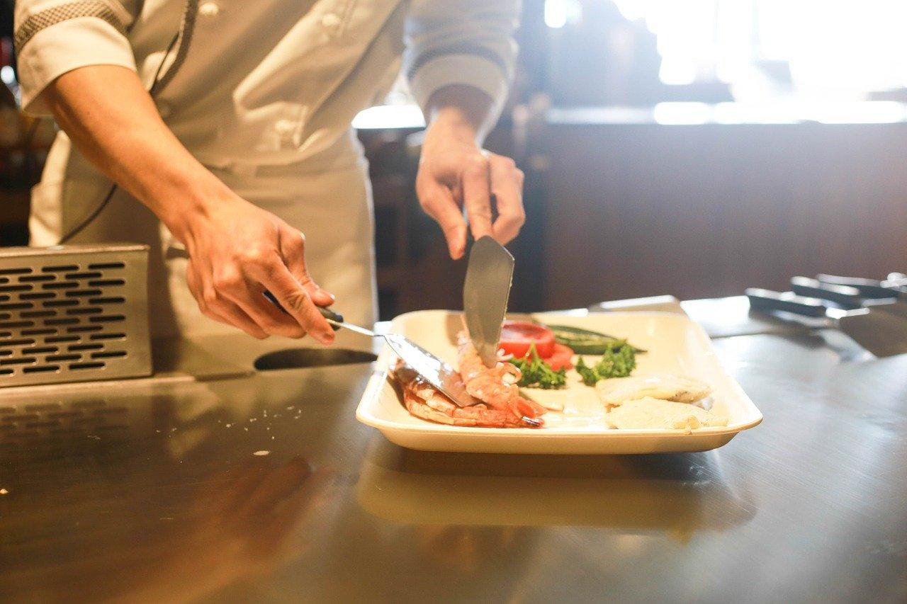 restaurant-cooking-chef-1284351.jpg