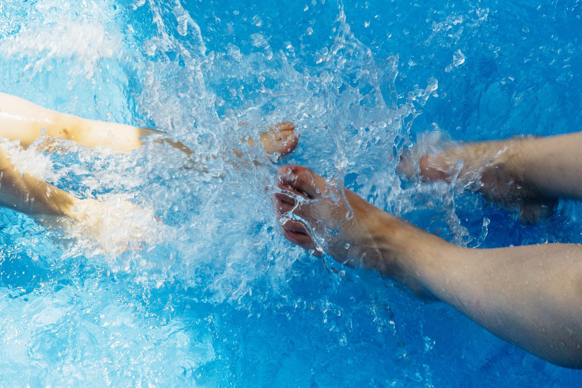water-1408176_1920.jpg
